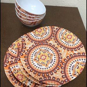 Other - Melamine Plates & Bowls 4 White Brown Orange Print